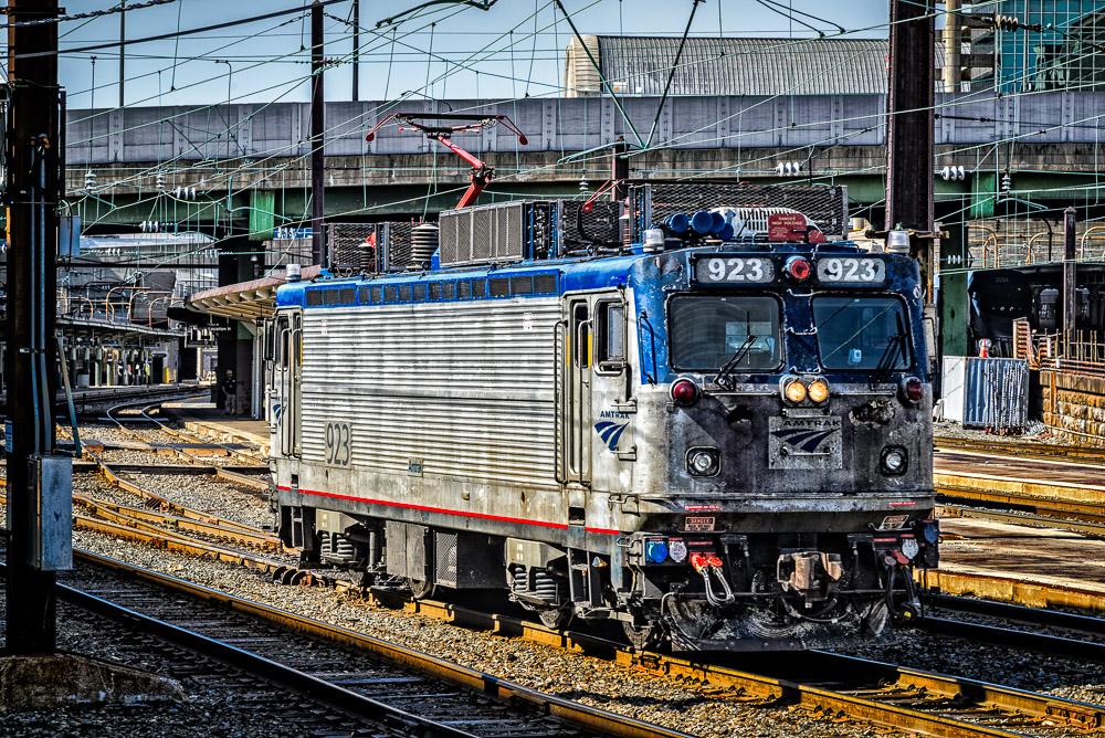 Amtrak AEM-7
